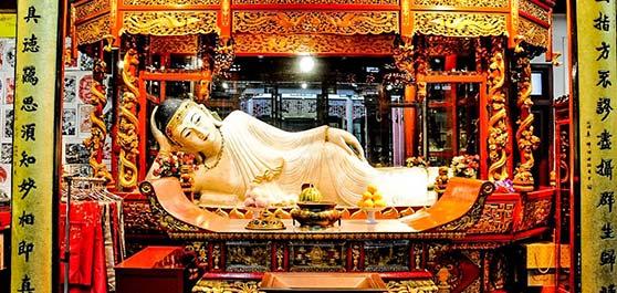 معبد سنگ یشمی بودا در شانگهای