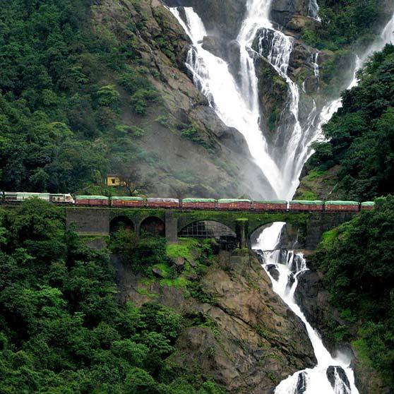 آبشار دودهساگار - گوا